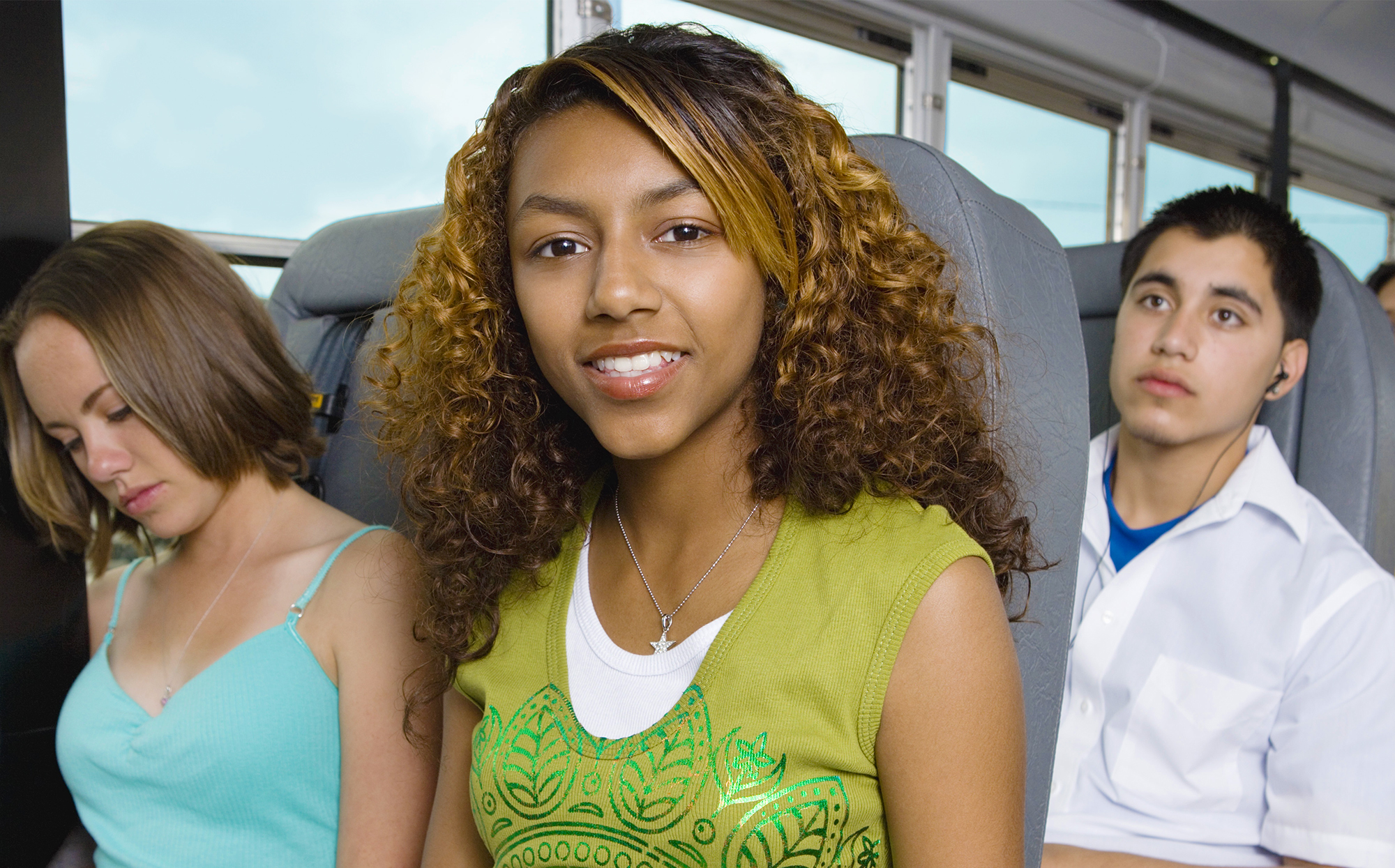 SAFE &#038; AFFORDABLE<br/> STUDENT BUSING